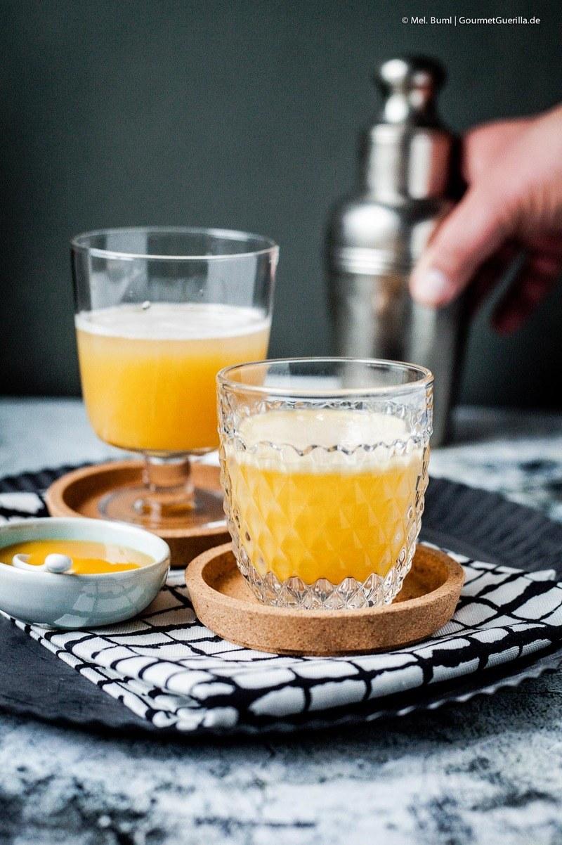 Rezept VANILLA PUMPKIN THRILLER – EIN SÜFFIGER HAPPY HALLOWEEN COCKTAIL MIT KÜRBIS UND WODKA