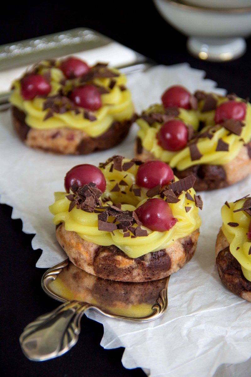 Rezept Vegane Donauwellen-Donuts aus dem Ofen