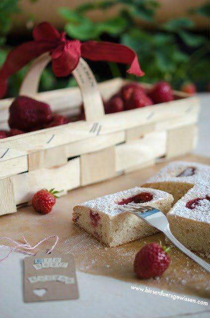Rezept Veganer Erdbeer-Blechkuchen