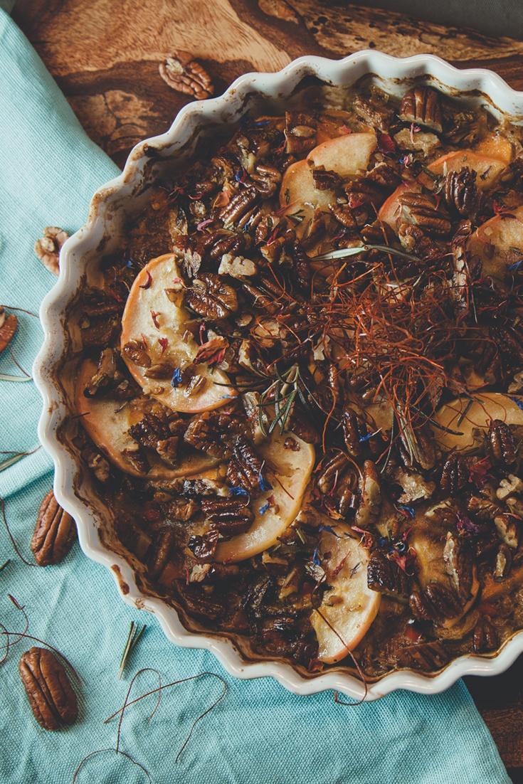 Rezept Veganer Süßkartoffel-Auflauf mit Rosenkohl, Apfel und Walnüssen