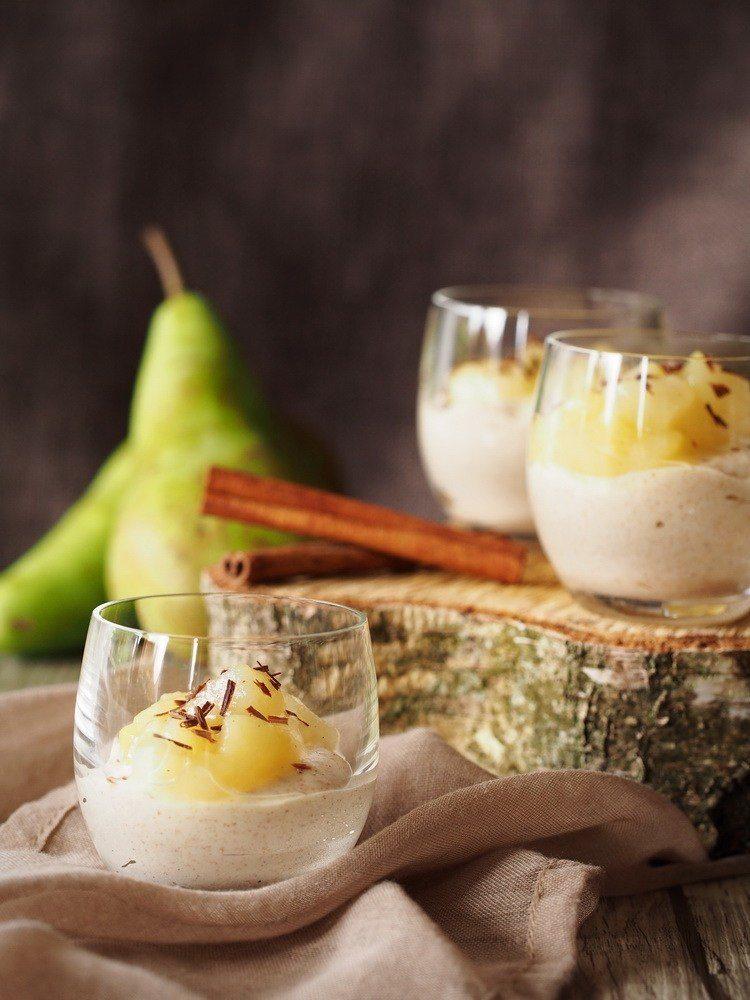 Rezept Weißes Zimt-Mousse mit Birnen