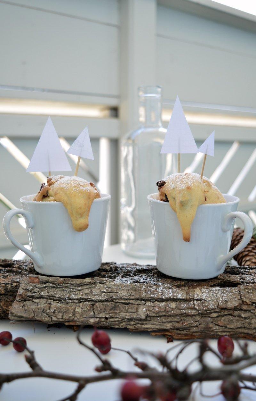 Rezept White Chocolate Cranberry Mug Cakes