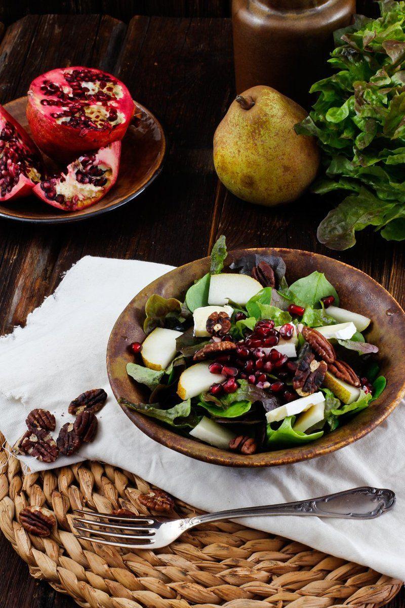 Rezept Wintersalat  mit Birne, Granatapfel & Camembert