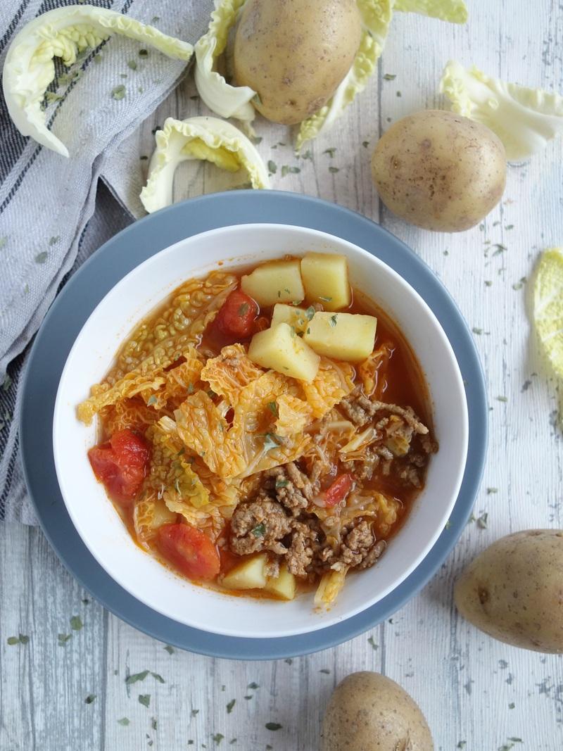 Rezept Wirsingeintopf mit Kartoffeln und Hackfleisch