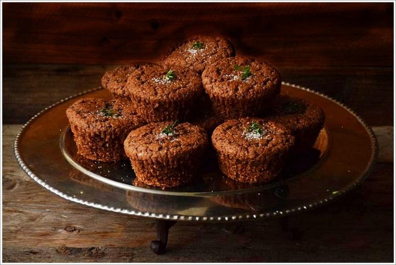 Rezept Zimt-Thymian Schokoladen Cupcakes, Low Carb und Glutenfrei