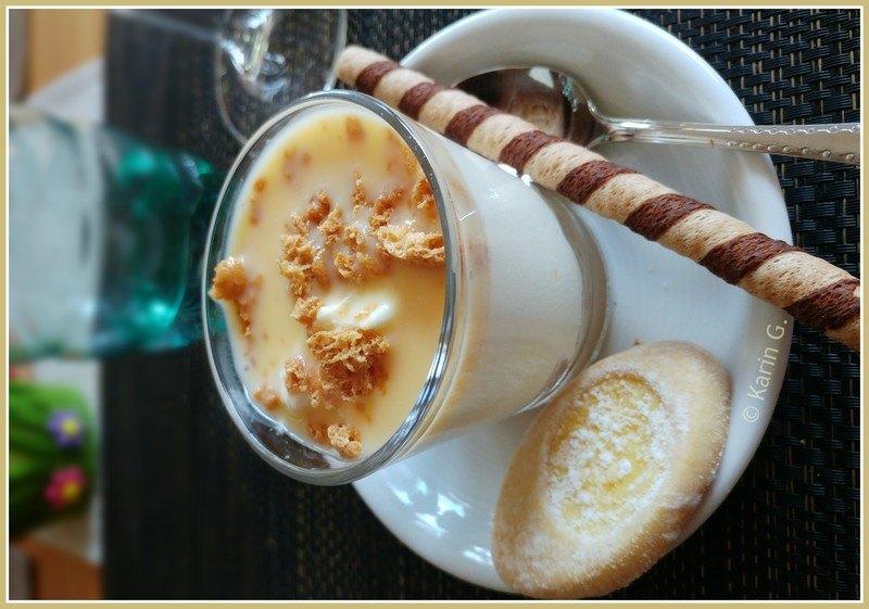Rezept Zitronencreme mit Ricotta, Eierlikör und Amarettini