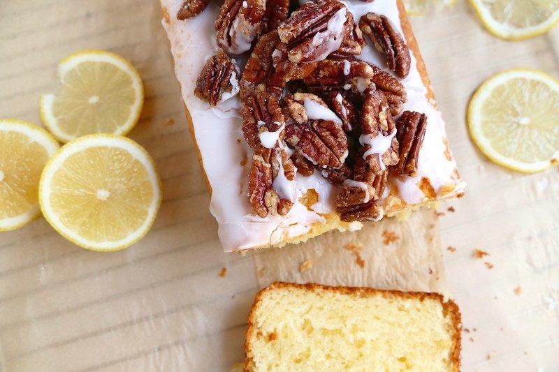 Rezept Zitronenkuchen mit Mascarpone und kandierten Pekannüssen