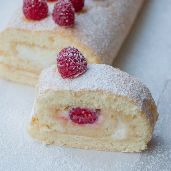 Rezept Zitronenrolle mit Himbeeren {Lemon Roll with Raspberries}