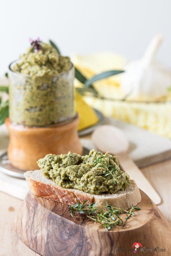 Rezept Zucchini-Oliven-Creme mit Basilikum