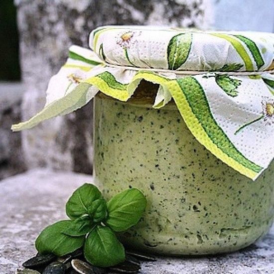 Rezept Zucchinipesto mit Kürbiskernen