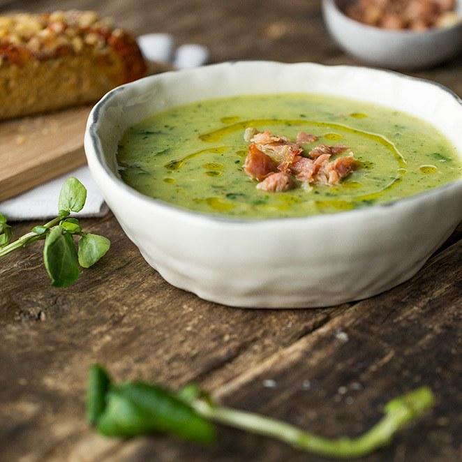 Rezept Zucchinisuppe mit Brunnenkresse und Serrano-Schinken