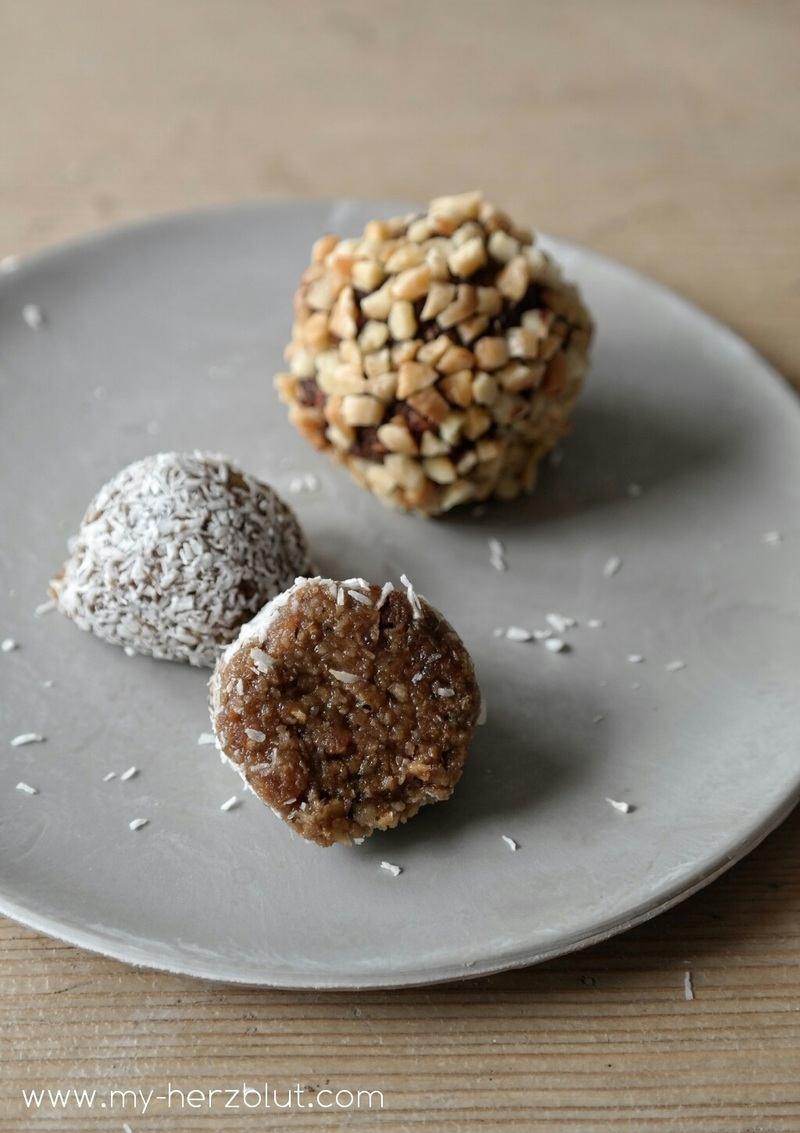 Rezept Zweierlei Energy Balls - mit Haselnuss und Kokosnuss