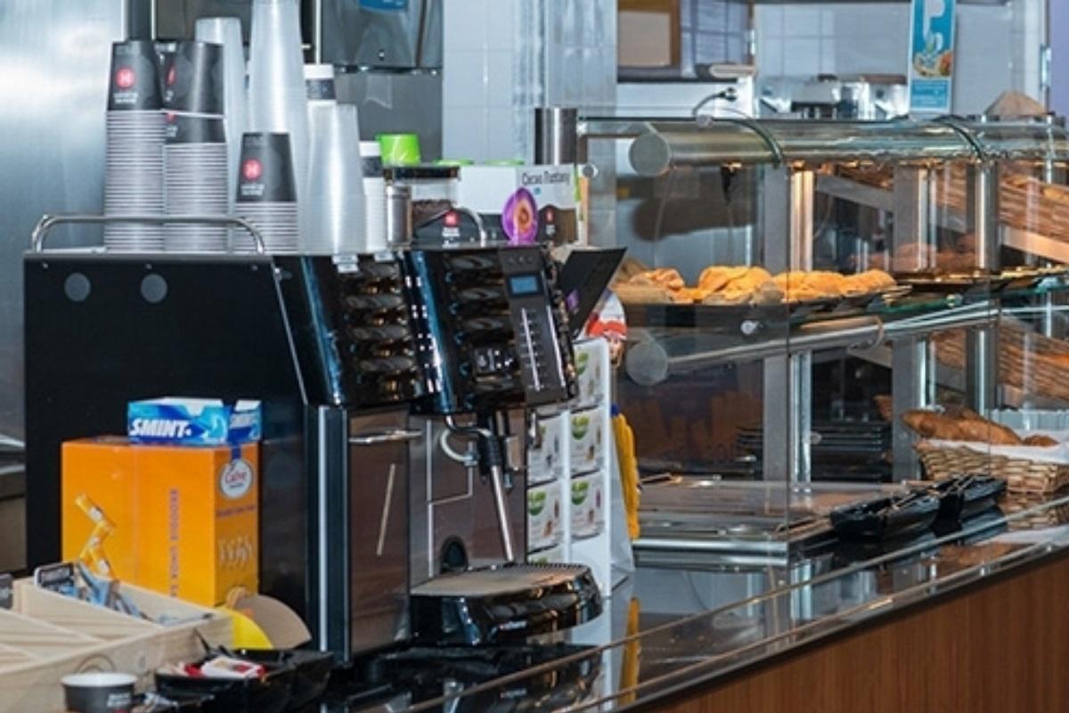 Koffie voor bedrijfscatering bij Telesuper, in beeld