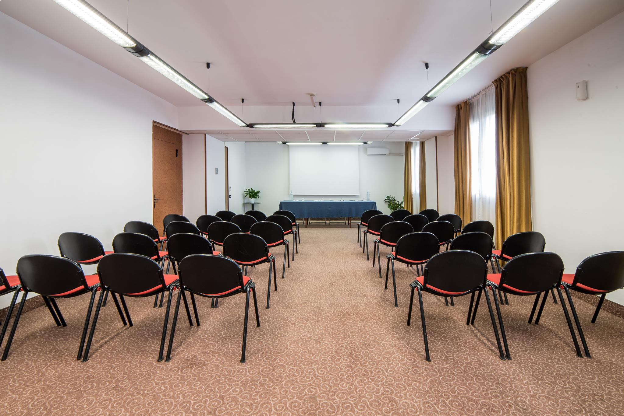 Conference Room Idea Hotel Piacenza