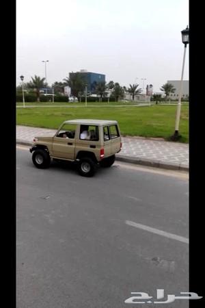 حراج السيارات دباب على شكل جيب ربع