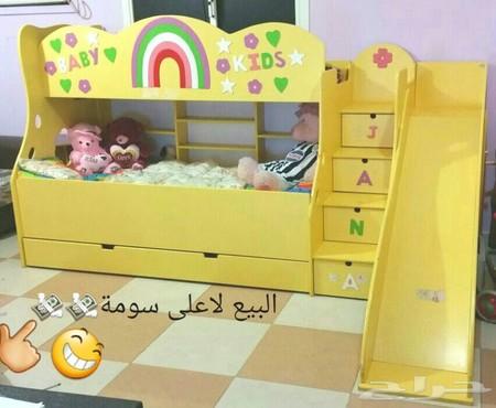 سرير اطفال دورين للبيع بجده