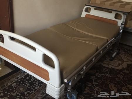سرير طبي من صيدليه النهدي جديد