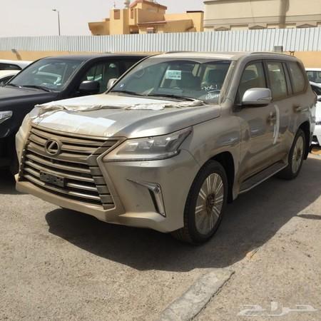 حراج السيارات جيب لكزس 2016 فئة Adسعودي لون تيتانيوم وماشي 2800كيلو