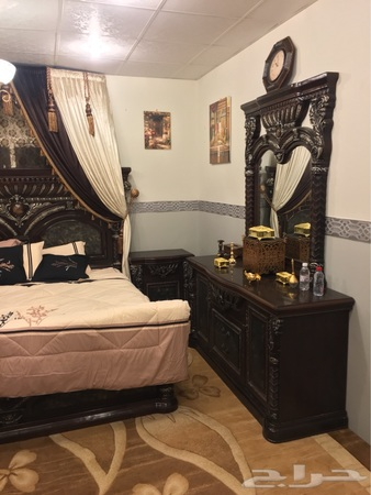 غرفة نوم نضيفة للبيع   الطائف