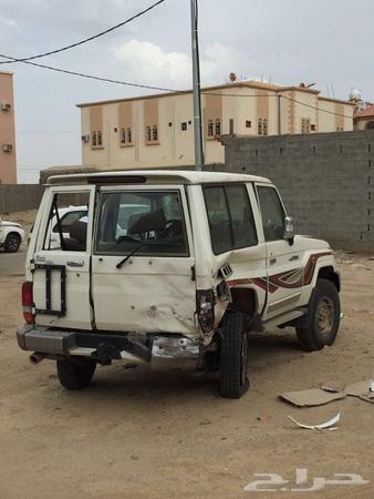 حراج السيارات للبيع جيب ربع مصدوم 2016