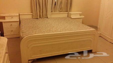 للبيع غرفة نوم خشب سنديان تفصيل