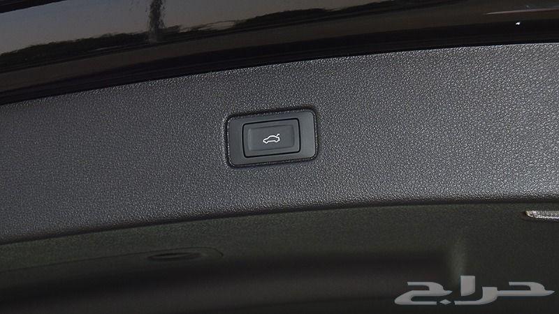 أودي-Q7-Quattro-45TFSI-2.0-V4-أسود-2019
