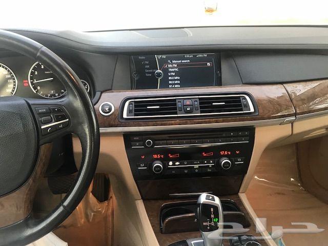 BMW موديل 2009 حجم 740 نظيفة جدا ممشي 115 الف
