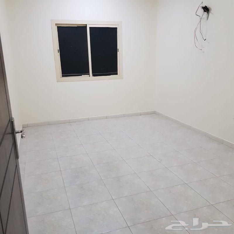 شقه من 6 غرف نظيفه جدا