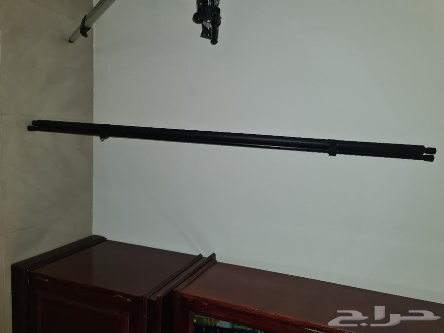 BenQ projector و شاشة