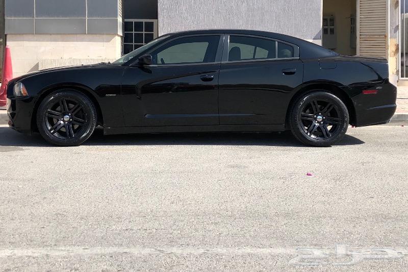 Dodge charger RT 2013 V8