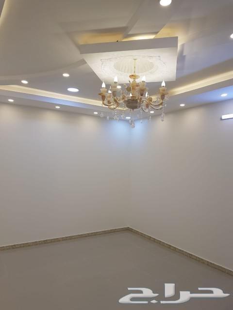 شقة عوائل شبة جديدة 5 غرف بالقرب من عسير مول