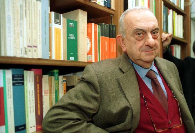 Napoli, è morto Mario Guida il fondatore della storica casa editrice
