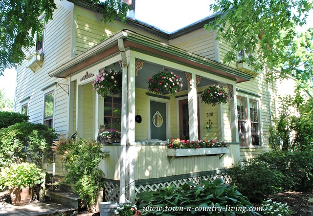 Summer farmhouse porch at Town and Country Living blog
