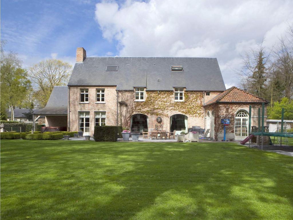 5c17407e0b2 Woning Te Koop - Bosdreef 9 in 2360 Oud-Turnhout - Ref: UPRNE0392190408 -  IMMOSCOOP