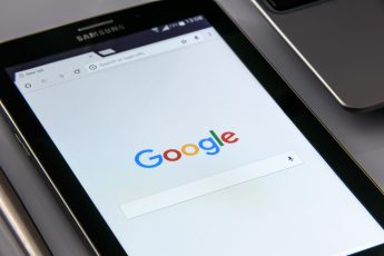 Google logo on a Samsung smartphone