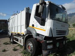 Mezzi e attrezzatura per raccolta rifiuti urbani_San Giuseppe Jato - Asta 1008