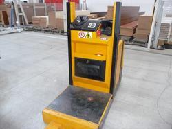 Elevator Junghenirich - Lot 22 (Auction 1062)