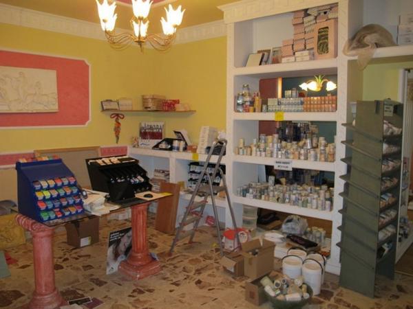 20#1082 Colori e accessori per pittore e bordi adesivi