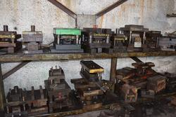 Iron moulders for press - Lot 6 (Auction 11090)