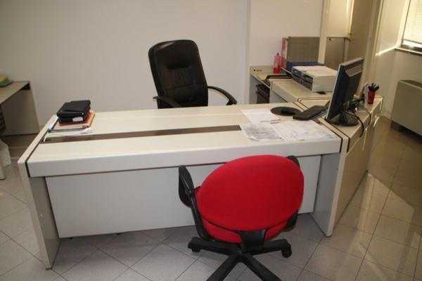 Sedie Ufficio Mondoffice : Lotto arredamento e attrezzatura da ufficio