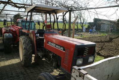 Agricultural equipment - Auction 1167