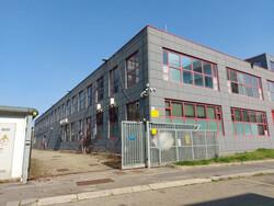 Laboratori e uffici in complesso produttivo