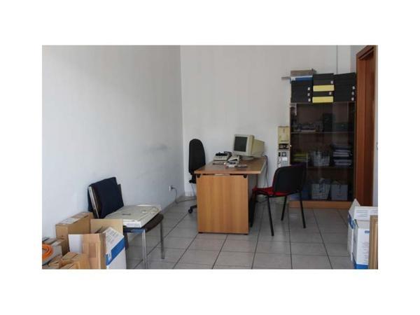 56 1267 arredo ufficio catania sicilia metallo for Arredo ufficio catania