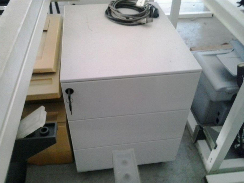 lotto arredamento e attrezzatura da ufficio