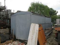 Metal sheet shack and Construction material - Lot 28 (Auction 1358)