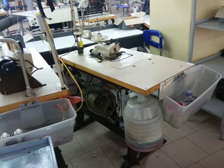 Lotto macchina taglia cuci mauser for Macchina da cucire salmoiraghi 133