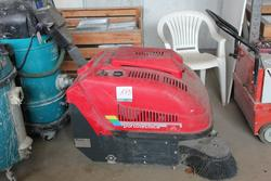 Sweeper and suction machine - Lot 173 (Auction 1454)
