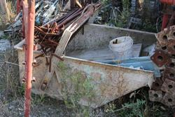 Bucket and excavator fork - Lot 14 (Auction 1465)