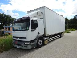 Renault truck - Lot 56 (Auction 14940)