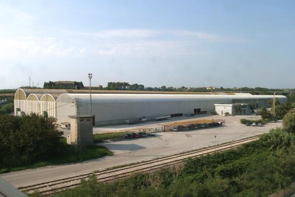 2#1495 Complesso industriale composto da terreni e fabbricati